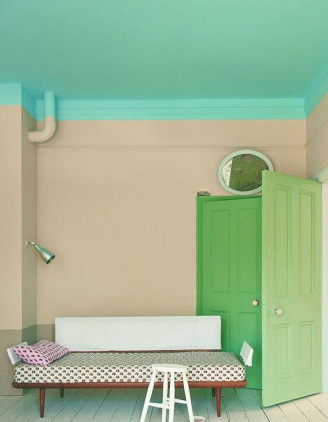 Un plafond bleu turquoise pour un effet fraîcheur