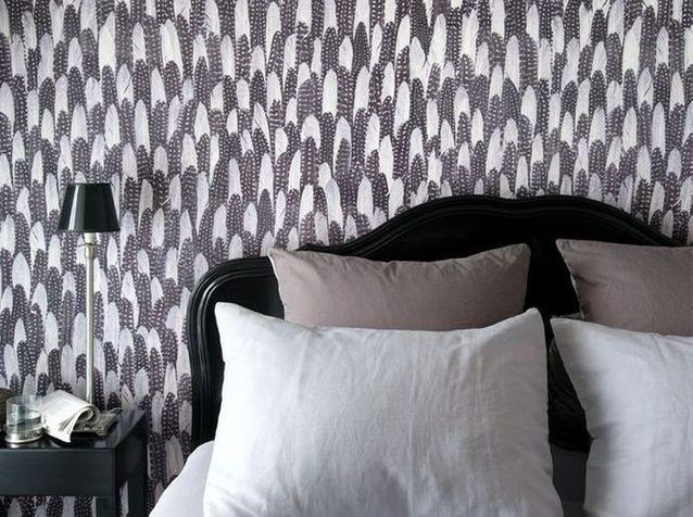 Un Papier Peint Noir Et Blanc Pour Un Mur Elegant Elle Decoration