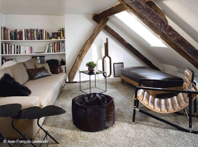 Un salon cosy sous les combles