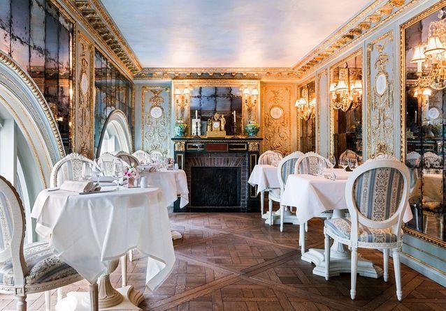 Rendez-vous place de la Madeleine, au Café Pouchkine !