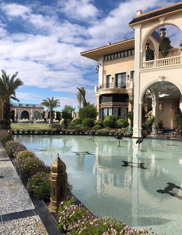La terrasse et son bassin du Palais Ronsard