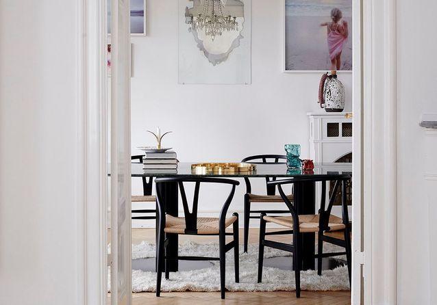 À Copenhague, cet appartement allie le haussmannien et le scandinave