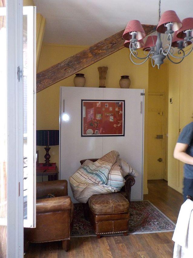 L'entrée et le salon avant