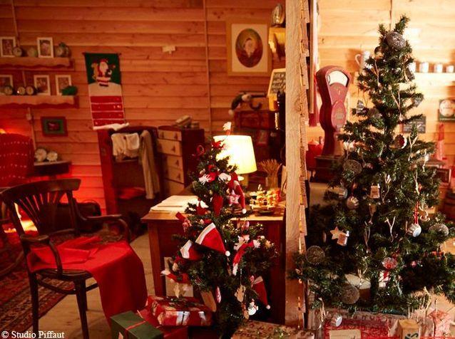 Découvrez la maison du Père Noël ! , Elle Décoration