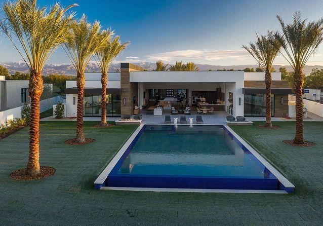 Kourtney Kardashian : sa nouvelle villa moderne à Palm Springs