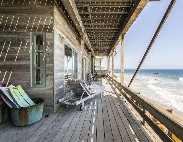 Maison au bord de l'eau à Malibu