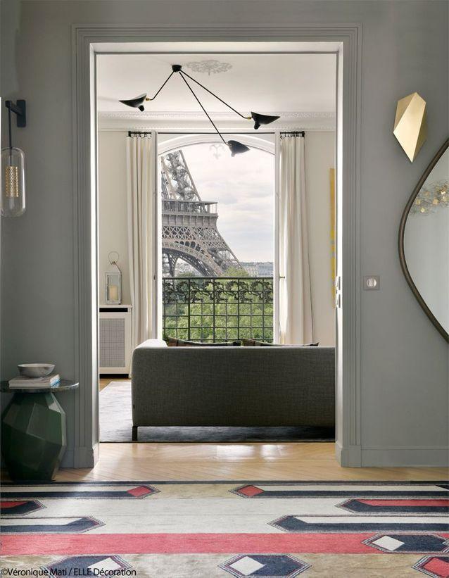 Un Duplex Design Et Chaleureux Face A La Tour Eiffel Elle