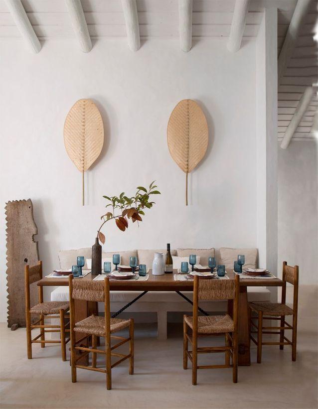Une salle à manger au mobilier chiné