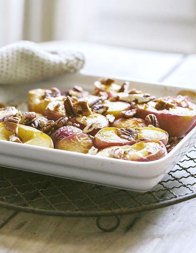 Dessert léger : Papillote de nectarines et fruits rouges