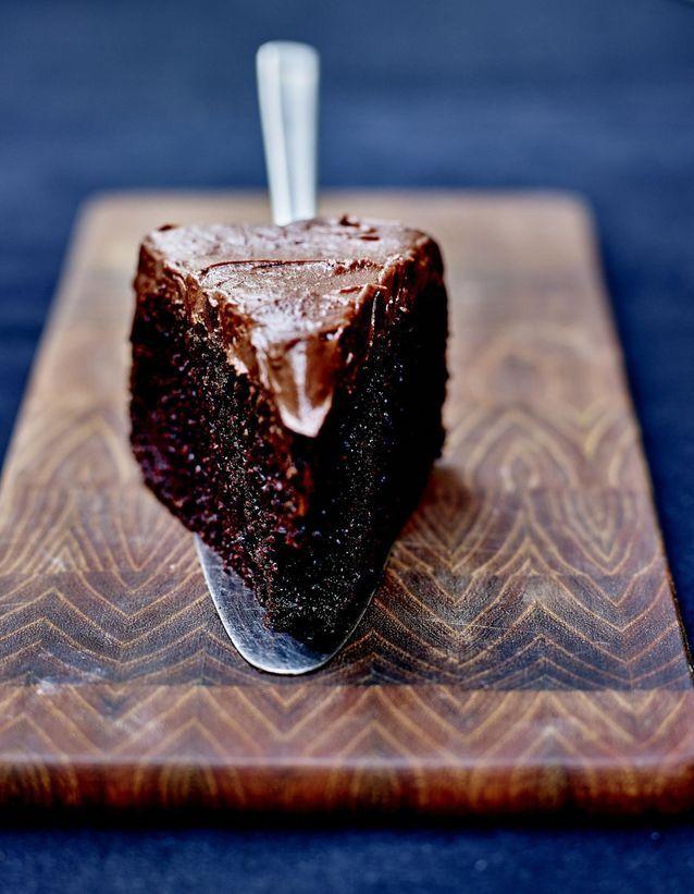 Chocolate fudge cake sans gluten glacage chocolat et fleur de sel