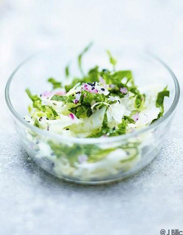 Cuisine recettes été grandes tablées : Salade fenouil et épinards, sésame noir
