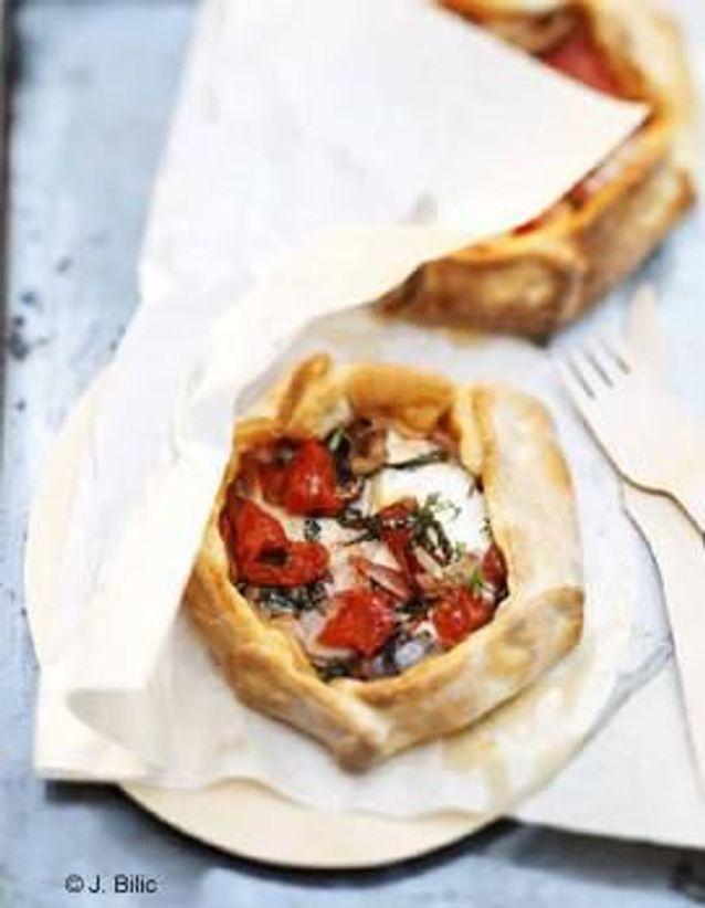 Cuisine recettes été grandes tablées : Tourte mozzarella basilic