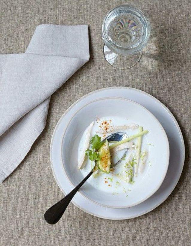 Soupe de légumes : Soupe de poulet au lait de coco et citronnelle