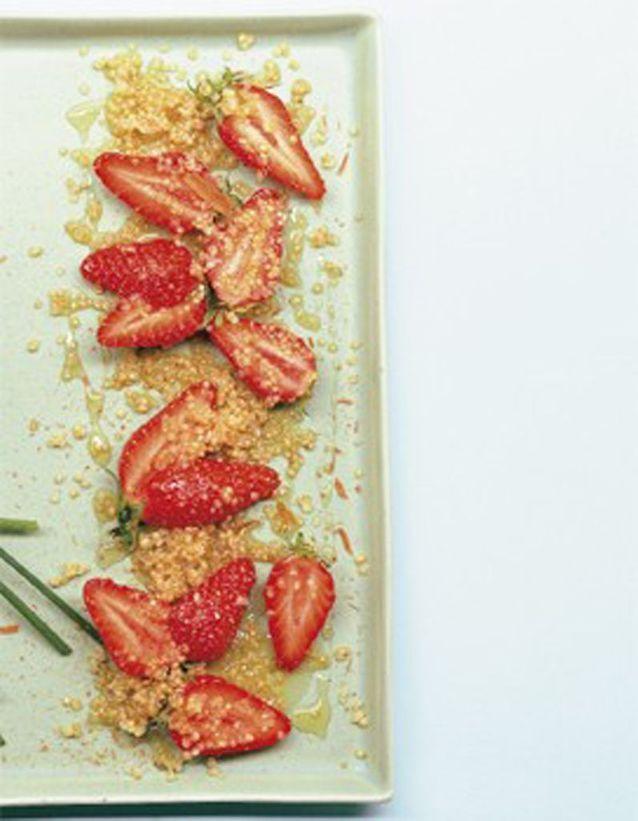 Salade de fraises au quinoa et au miel