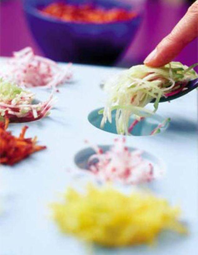 Plein de carottes et de radis râpés au yaourt de brebis