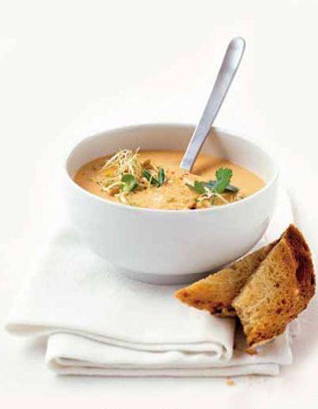 Soupe de lentilles corail curry-coco