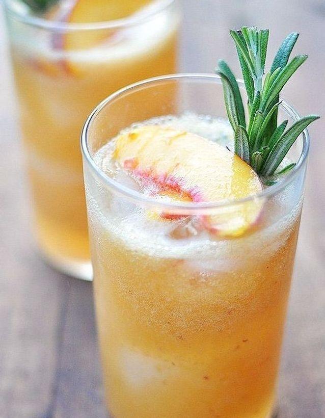 Cocktail sans alcool ananas