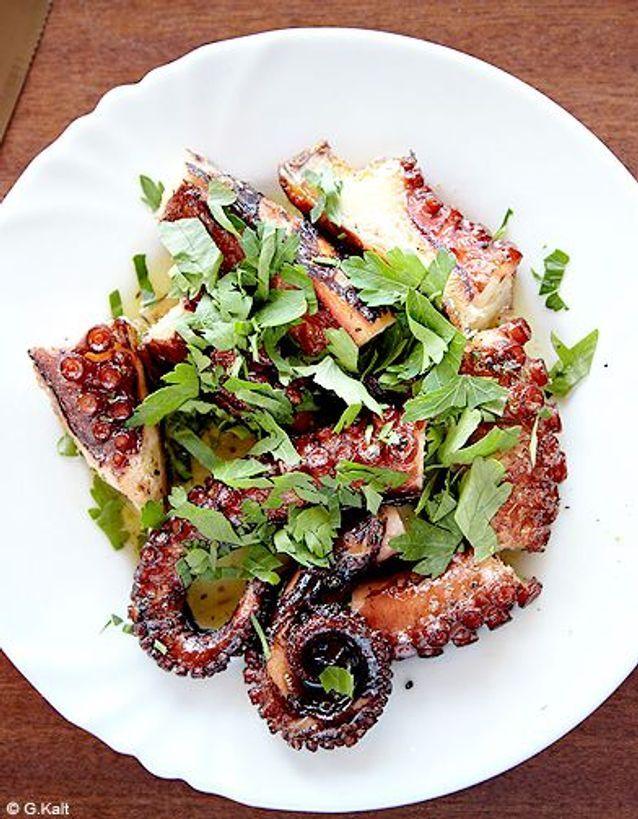 Cuisine recettes ete simple chypre erotokritos poulpe grille