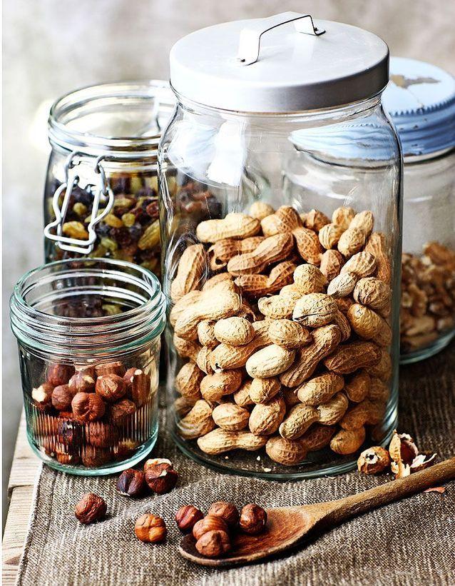 Les fruits à coque et fruits secs sont des aliments riches en fibres