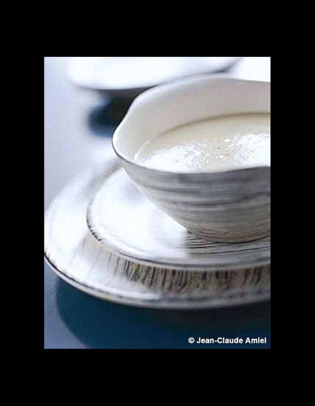 Ajo blanco gaspacho blanc