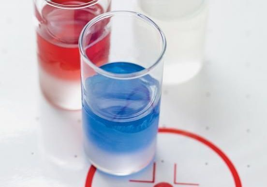 Des cocktails bleus pour encourager l'équipe de France