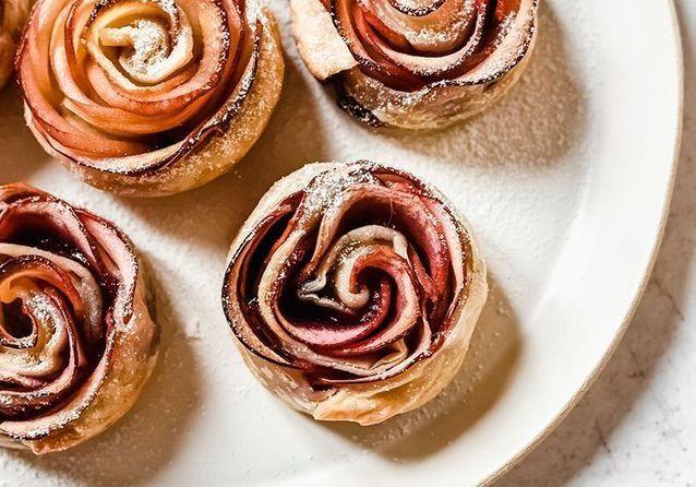 Marjo, les bons tutos : comment faire des roses de pomme feuilletées ?