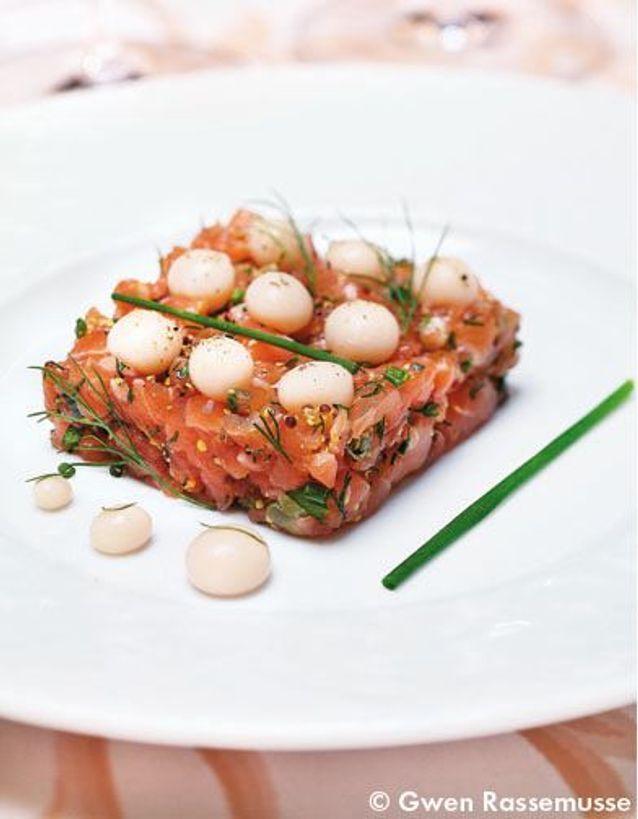Tartares de saumon aux oeufs de poisson home made