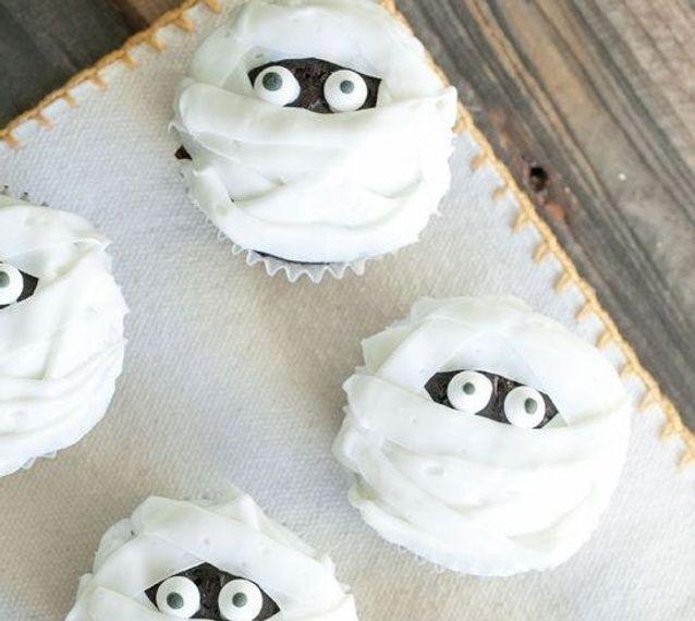 Cupcake halloween momie