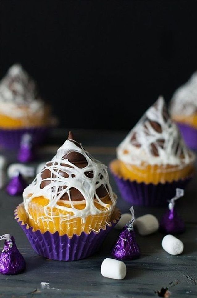 Cupcake halloween toile d'araignée