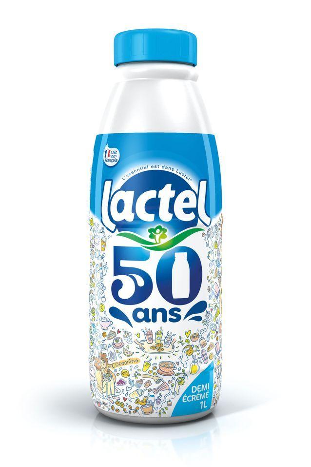 S'amuser avec la nouvelle bouteille de lait Lactel