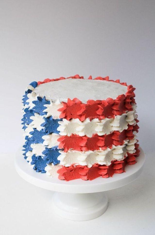 Layer cake tricolore