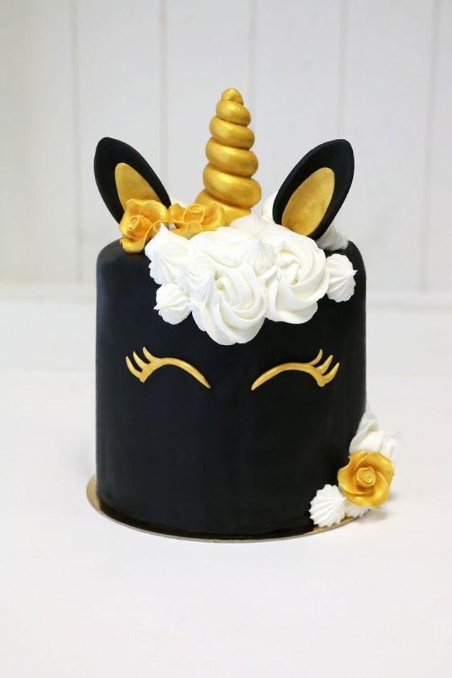 Gâteau licorne pâte à sucre