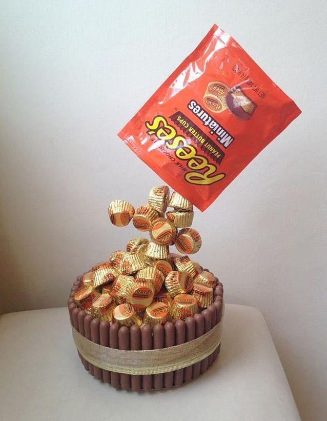 Gravity cake aux bonbons au beurre de cacahuètes