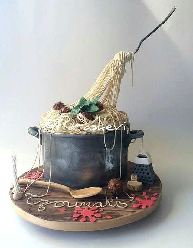 Gravity cake plat de pâtes
