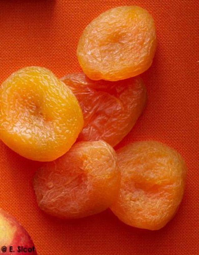 Fruits secs au thé fumé