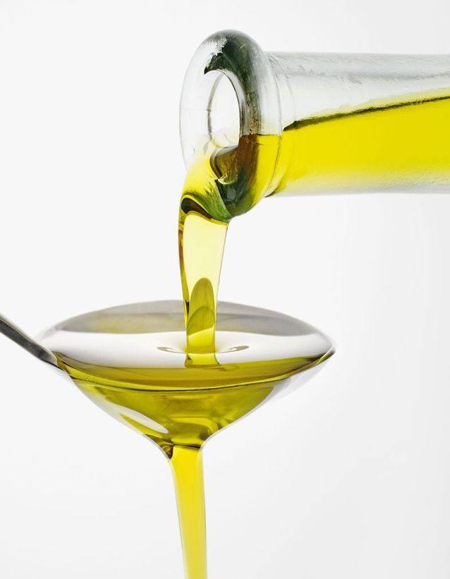 Consommer de l'huile quand on est au régime