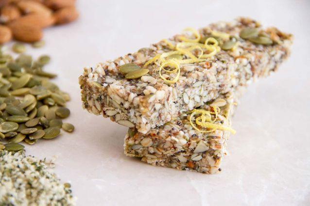 Junk food healthy : Barres vegan amandes, graines de tournesol