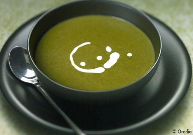 La soupe d'inspiration orientale, la soupe aux brocolis et à l'huile d'argan