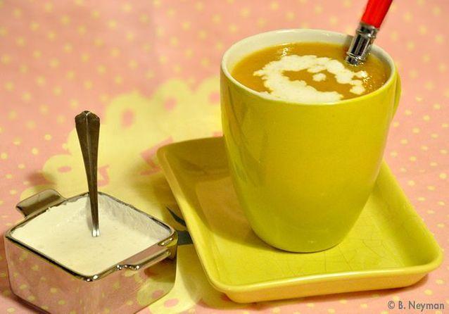 La soupe qui invite au voyage, la soupe aux patates douces, gingembre et  lait de coco