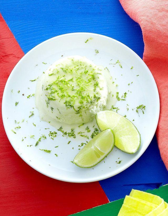 Soufflé glacé à la Chartreuse