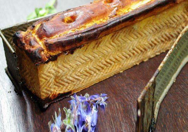 Pas-à-pas du pâté en croûte de canard et de foie gras de Pierre Négrevergne