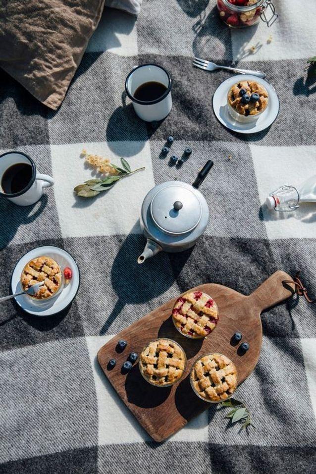Un Petit Déjeuner Romantique Façon Pique Nique