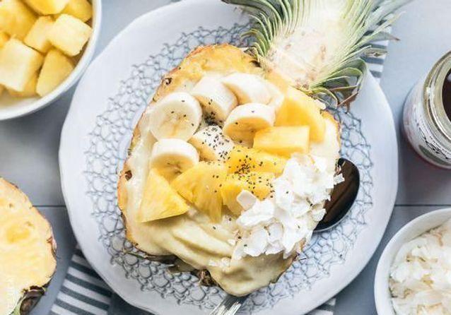 #Pineappleboat : 8 recettes à glisser dans un « bol-ananas » sans hésiter