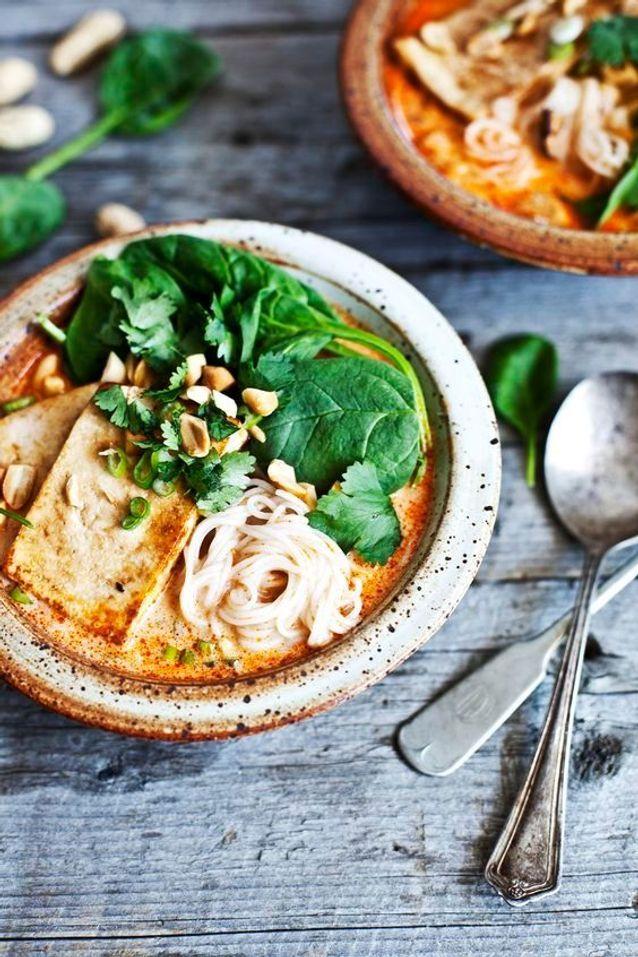 Soupe thaï au lait de coco et tofu