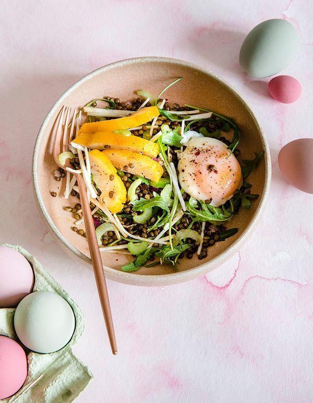 Salade d'œufs parfaits, haddock fumé et lentilles beluga