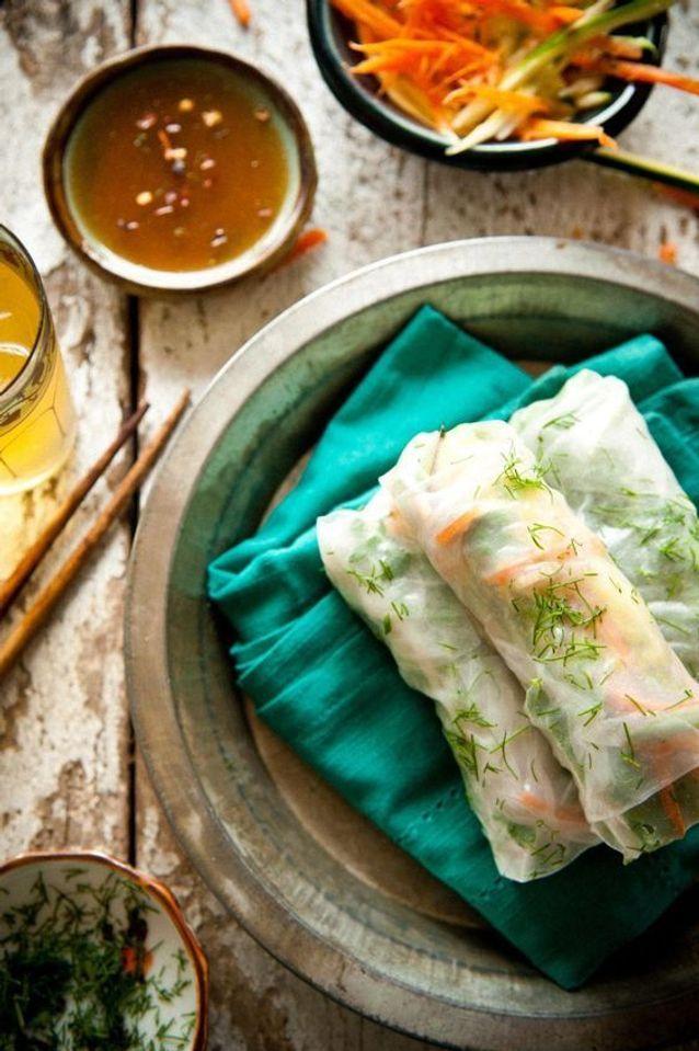 Rouleaux de printemps végétariens carotte courgette