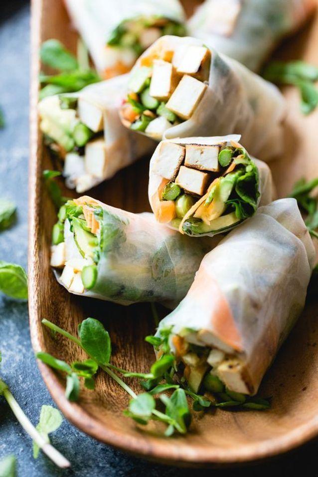 Rouleaux de printemps végétariens tofu et asperges vertes