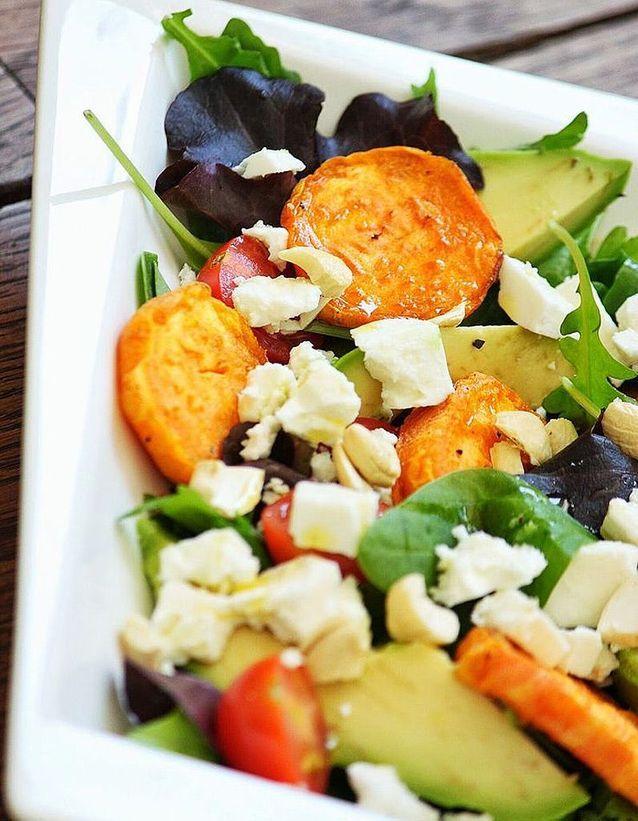 Salade d'hiver originale à la patate douce