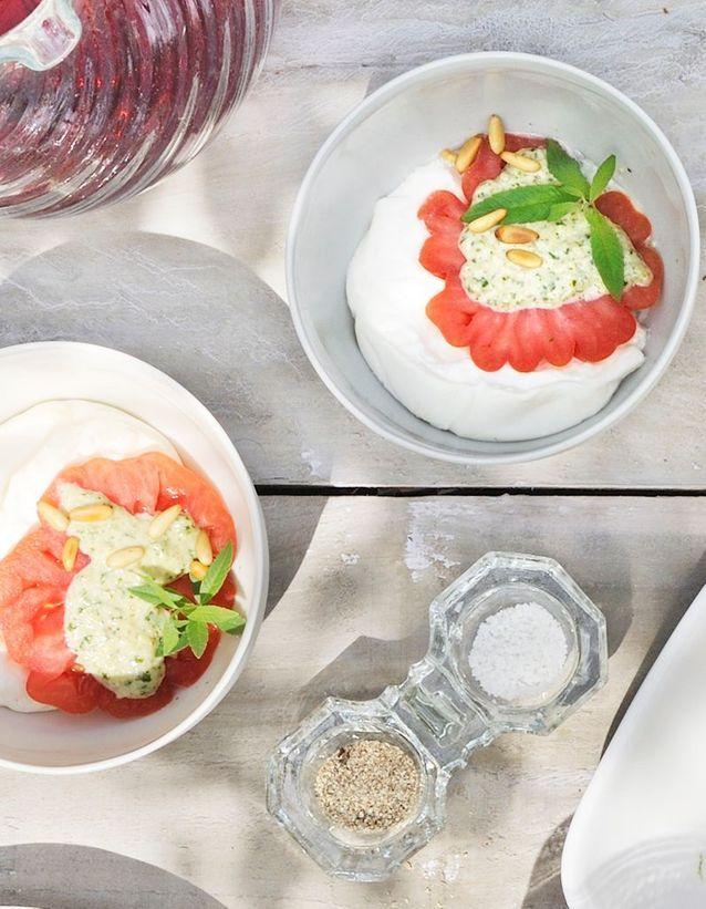 La salade tomate-mozza par Akrame Benallal
