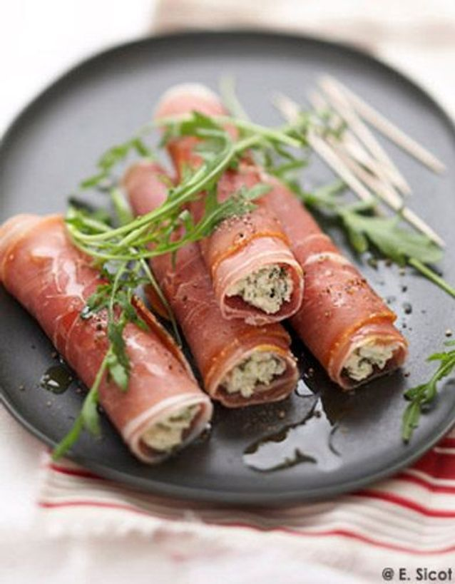 Roules jambon bayonne fromage brebis aux herbes